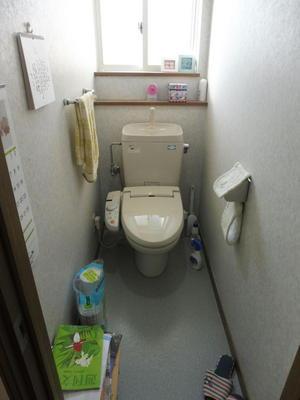二階トイレBefoer (2).JPG